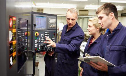 Apprentis du supérieur en Normandie : taux d'emploi très élevé un an après la sortie de formation
